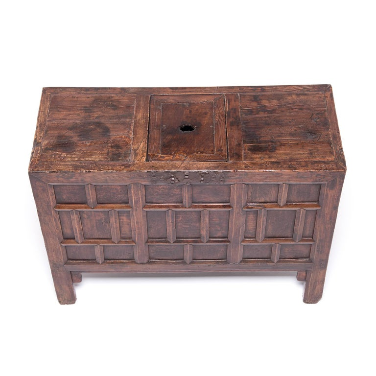 Elm 19th Century Chinese Keeper's Chest For Sale