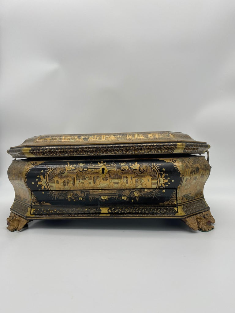 Qing 19th Century Chinese Lacquer Sewing Box For Sale