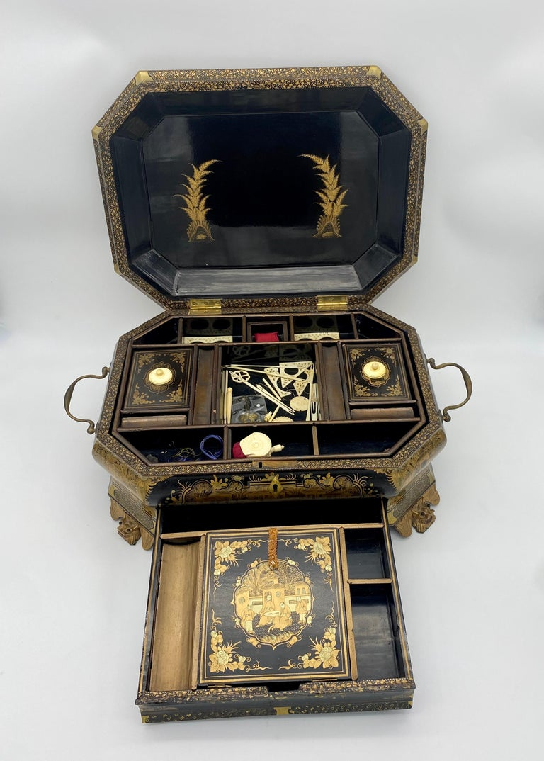 Lacquered 19th Century Chinese Lacquer Sewing Box For Sale