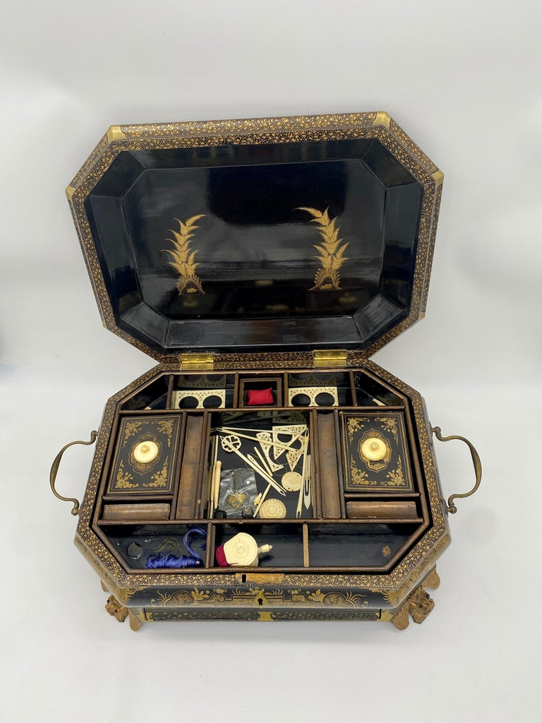 19th Century Chinese Lacquer Sewing Box In Good Condition For Sale In Brea, CA