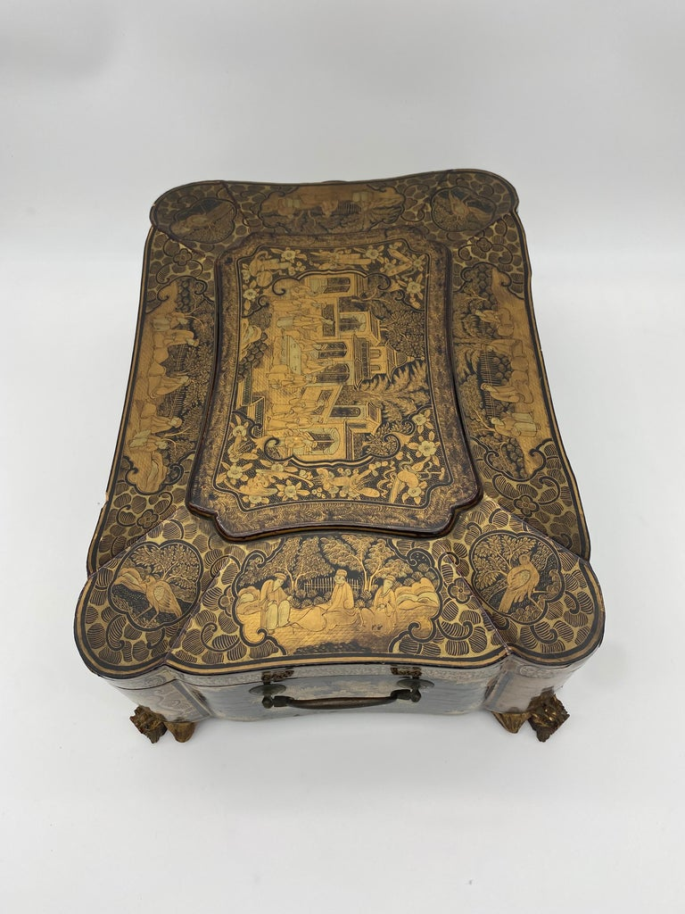 19th Century 14.25'' Large Chinese Lacquer Sewing Box For Sale 3