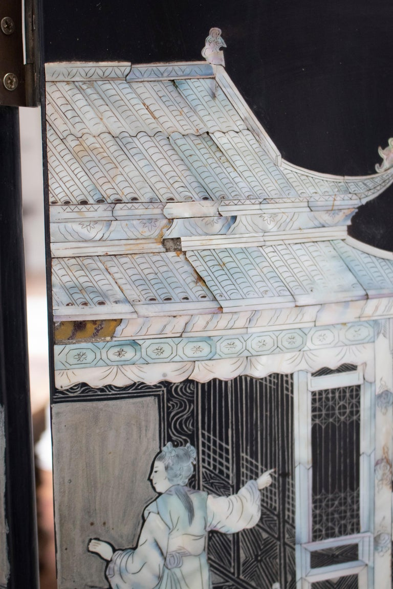 20th Century Chinese Mother of Pearl Inlay 4-Panel Folding Screen For Sale 5