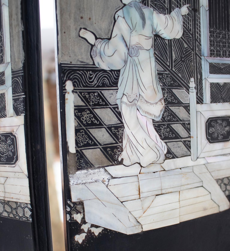 20th Century Chinese Mother of Pearl Inlay 4-Panel Folding Screen For Sale 6