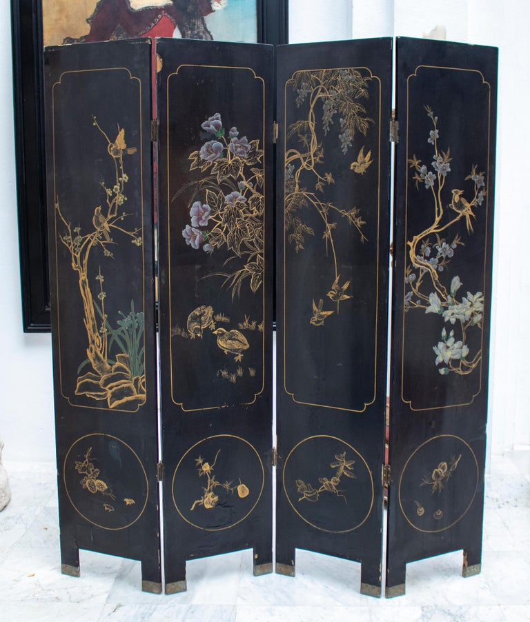 20th Century Chinese Mother of Pearl Inlay 4-Panel Folding Screen For Sale 7