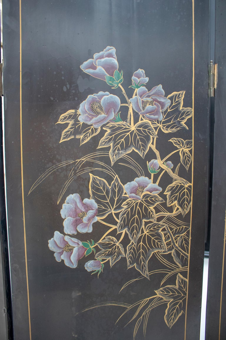 20th Century Chinese Mother of Pearl Inlay 4-Panel Folding Screen For Sale 12