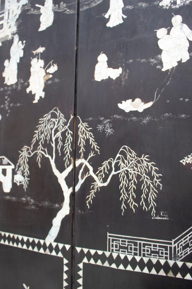 20th Century Chinese Mother of Pearl Inlay 4-Panel Folding Screen For Sale 4