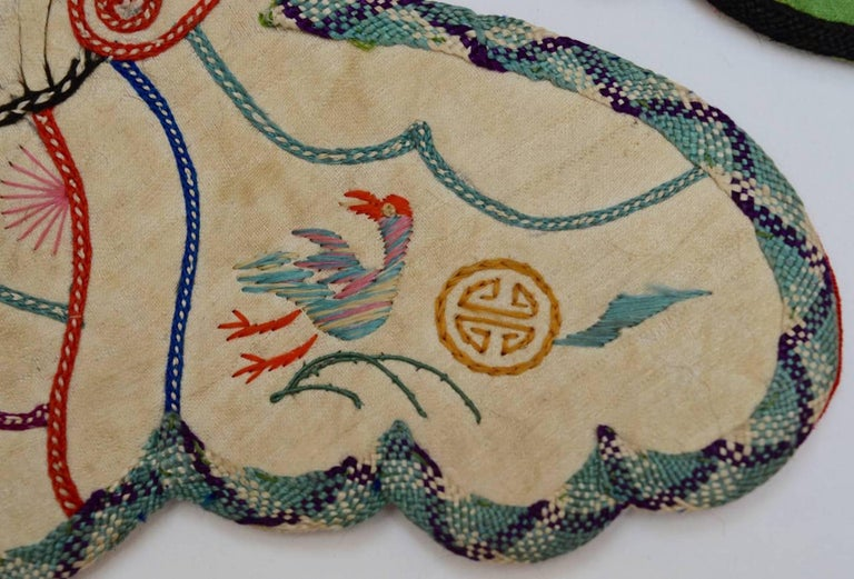 19th Century Chinese Qing Dynasty Silk Embroidered Wedding Collar For Sale 1