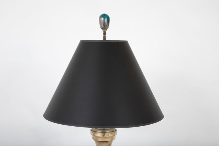 19th Century Chinese Silver Inlaid Bronze Table Lamp For Sale 1