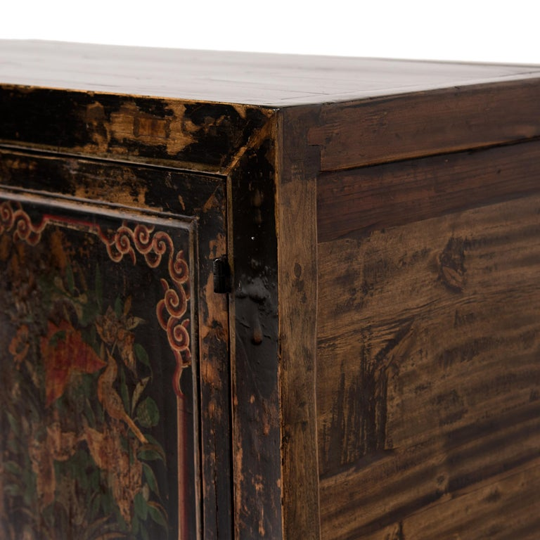 19th Century Chinese Two-Door Painted Chest For Sale 4