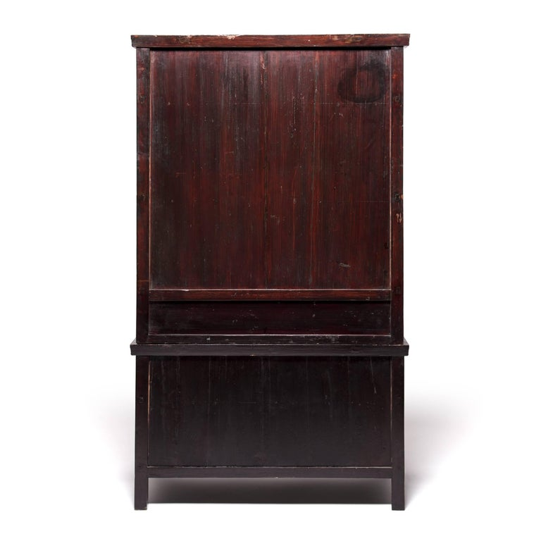 19th Century Chinese Two-Piece Stacking Cabinet In Good Condition For Sale In Chicago, IL