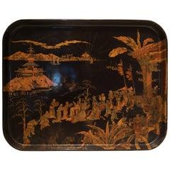 Schwarzes Tablett mit goldener Chinoiserie, 19. Jahrhundert