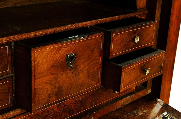 19th Century Classical Charles X Burled Secretaire a Abattant In Good Condition For Sale In Brooklyn, NY