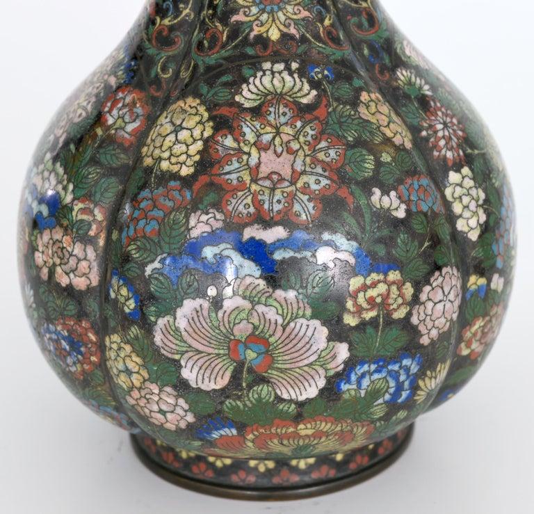 Cloissoné Early 19th Century Cloisonné Vase, China