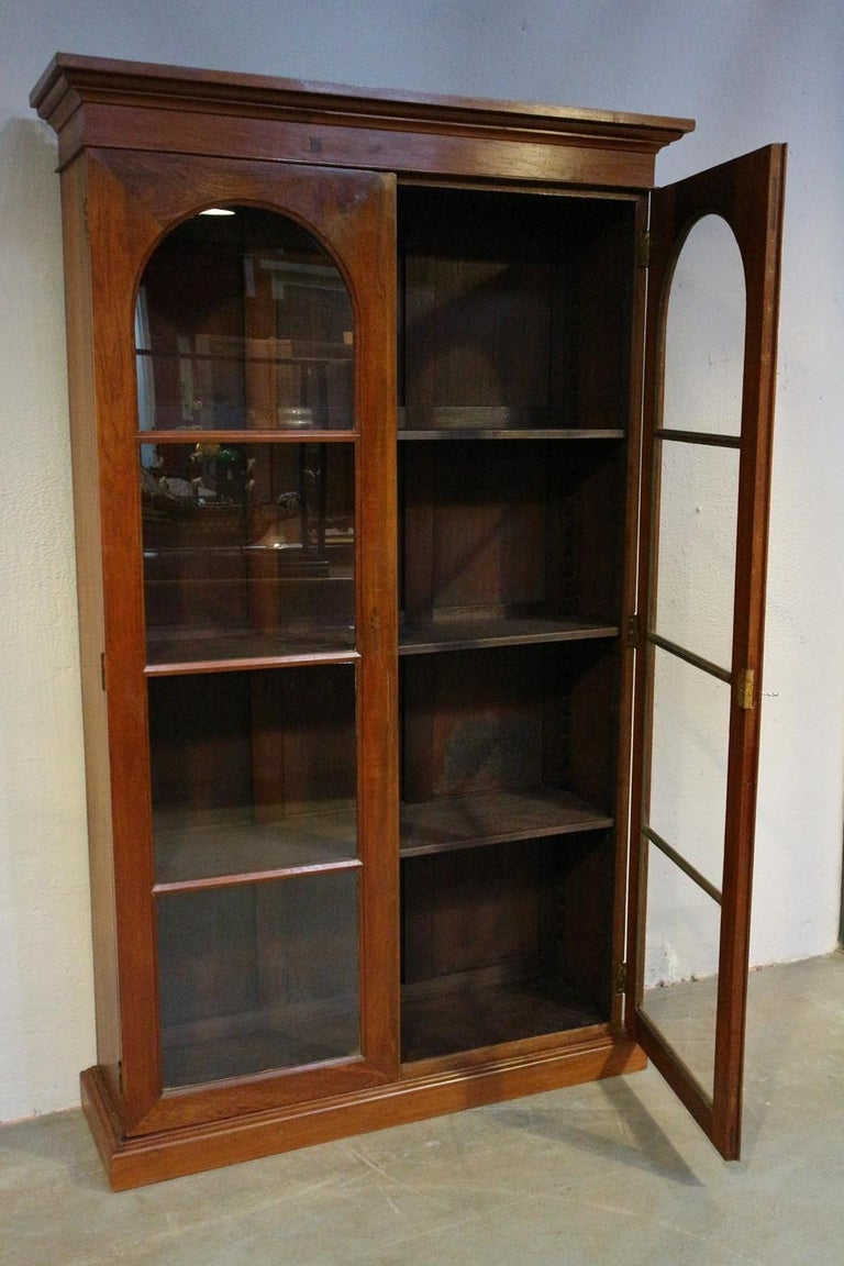 Indian 19th Century Colonial Teak 2-Door bookcase For Sale