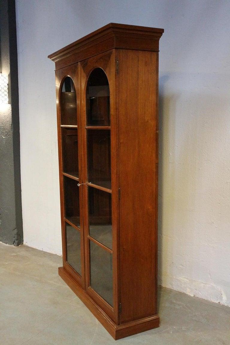19th Century Colonial Teak 2-Door bookcase For Sale 4