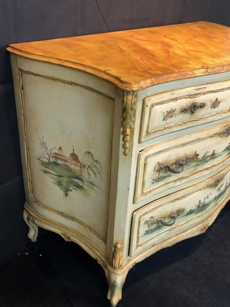 19th Century Commode Venetian Lacquered with Landscapes and Chinese Figures 7