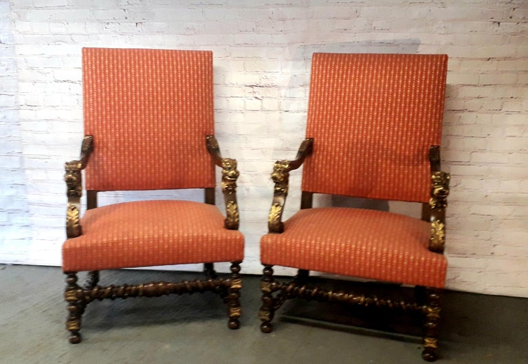 19th Century Continental Pair of Walnut Armchairs For Sale 3