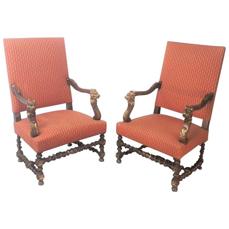 19th Century Continental Pair of Walnut Armchairs For Sale