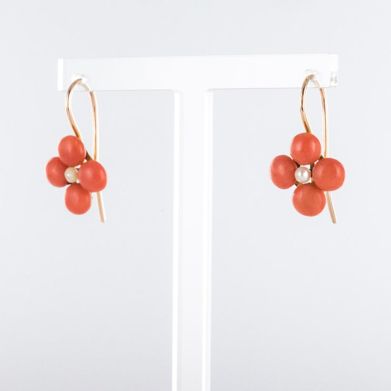 Napoleon III 19th Century Coral Natural Pearls 18 Karat Rose Gold Clover Shape Earrings For Sale