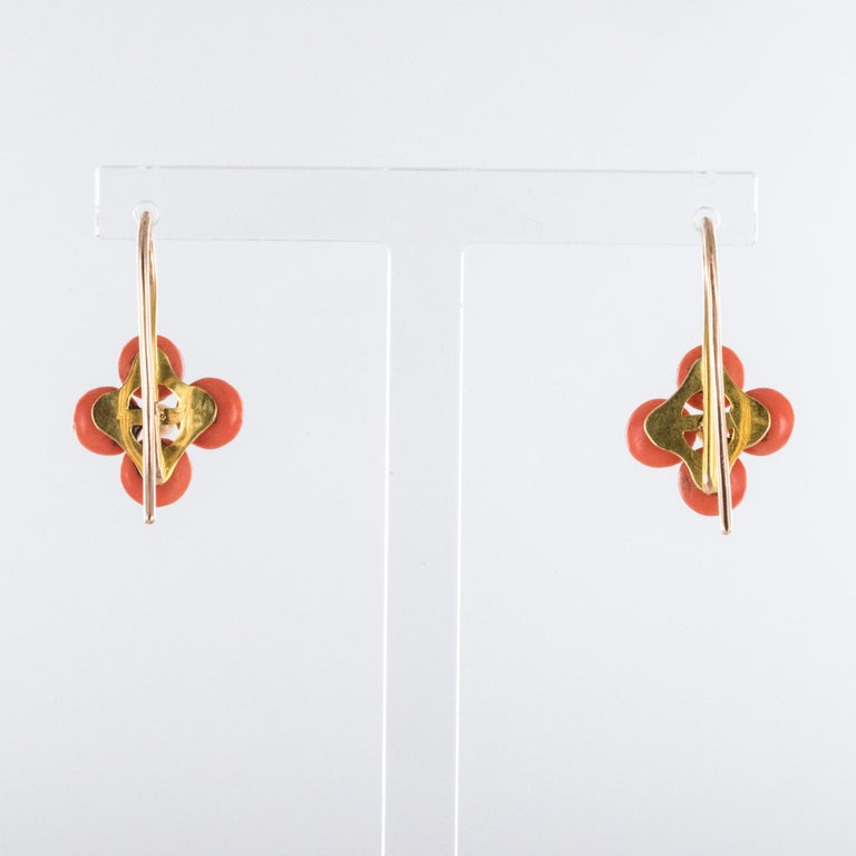 19th Century Coral Natural Pearls 18 Karat Rose Gold Clover Shape Earrings For Sale 2