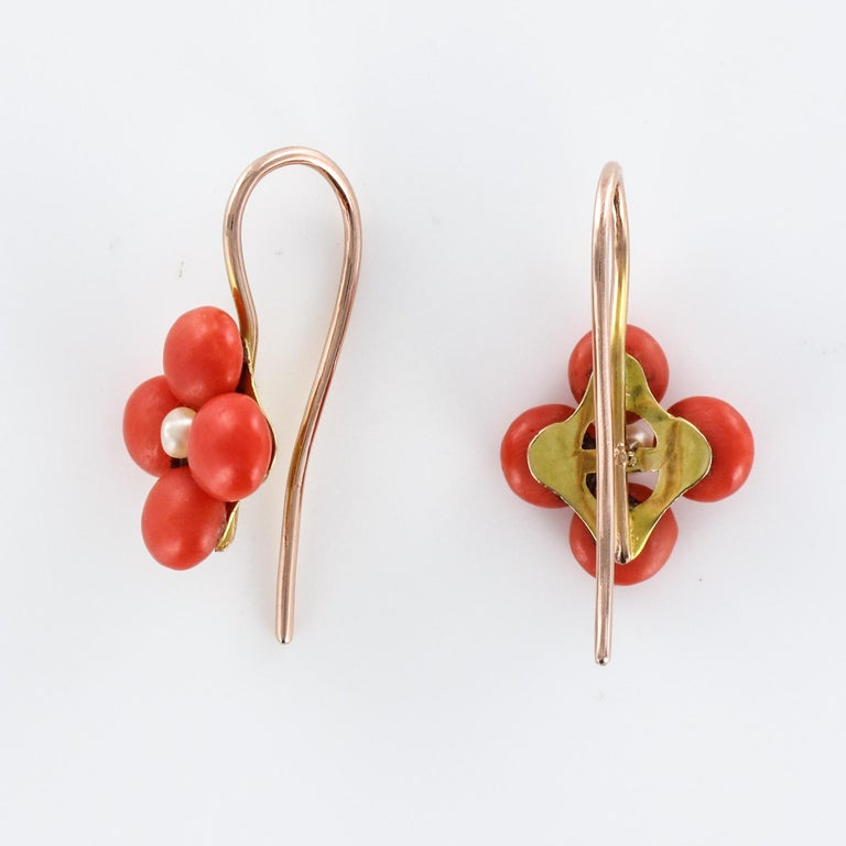 19th Century Coral Natural Pearls 18 Karat Rose Gold Clover Shape Earrings For Sale 4