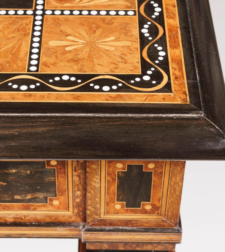 English 19th Century Coromandel and Inlaid Table Attributed to Jackson & Graham For Sale