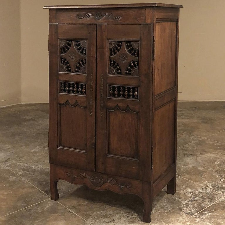 19th century country French Garde Manger, cabinet from Brittany was originally designed as a kitchen pantry, back in the days that it was thought fresh air circulation was a healthy thing for food items. Fast forward today when we refrigerate or