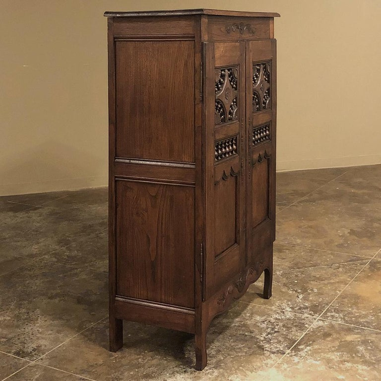 Hand-Crafted 19th Century Country French Garde Manger, Cabinet from Brittany For Sale