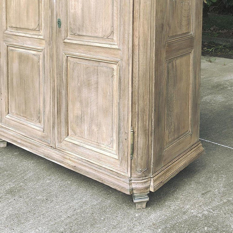 19th Century Country French Neoclassical Whitewashed Armoire For Sale 4