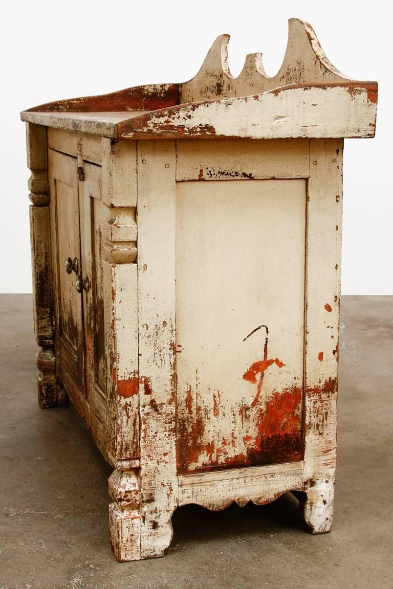 19th Century Country French Painted Washstand Cabinet  For Sale 8