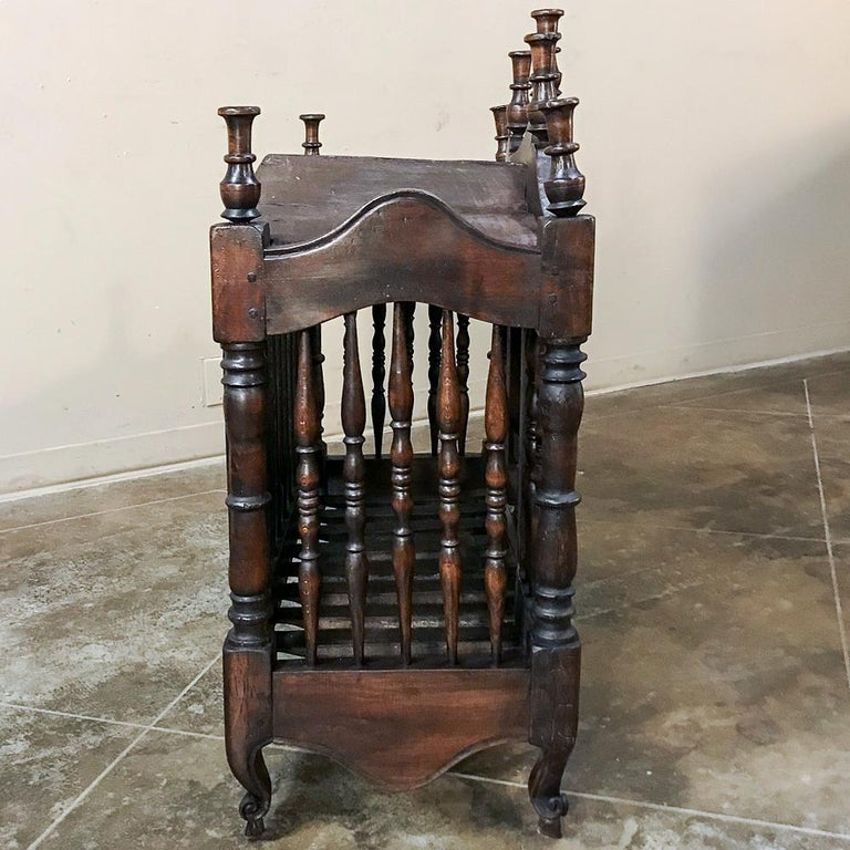 19th Century Country French Provincial Pannetiere For Sale 5