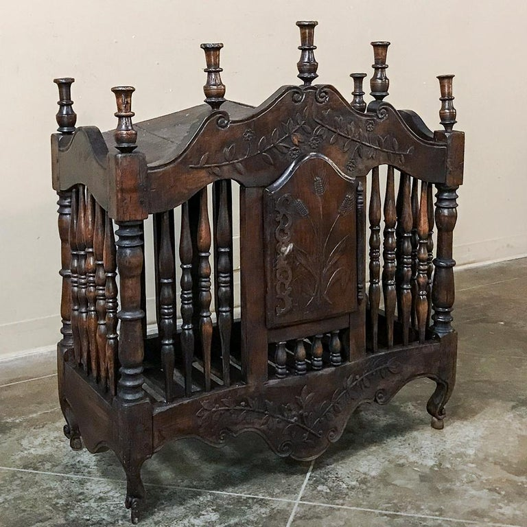 Hand-Crafted 19th Century Country French Provincial Pannetiere For Sale