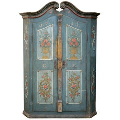 19th Century Curly Shaped Blu Floral Painted Italian Wardrobe, 1811