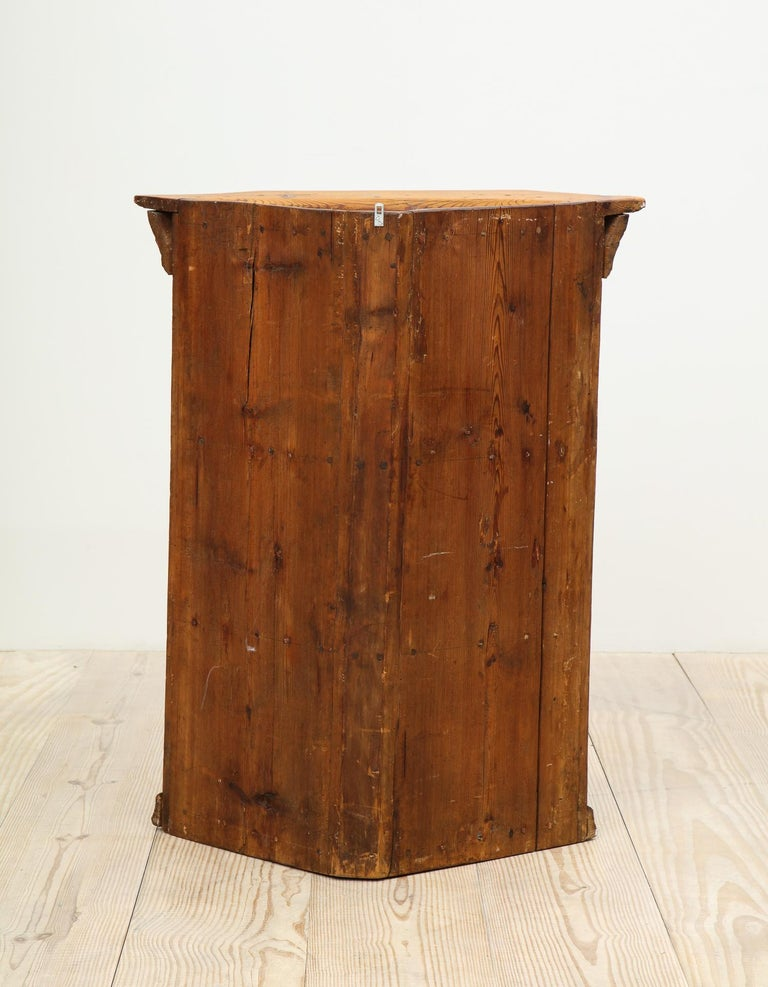 19th Century Dalarna Corner Cabinet, Sweden, Inscribed and Dated, Anno 1830 For Sale 5