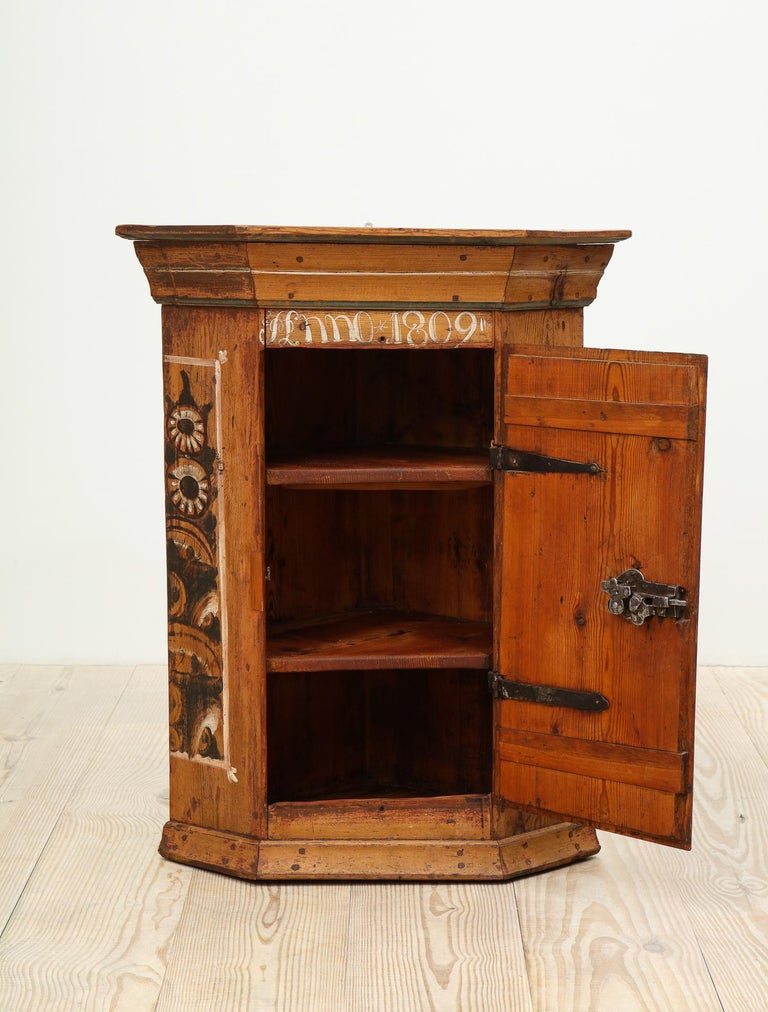 Folk Art 19th Century Dalarna Corner Cabinet, Sweden, Inscribed and Dated, Anno 1830 For Sale