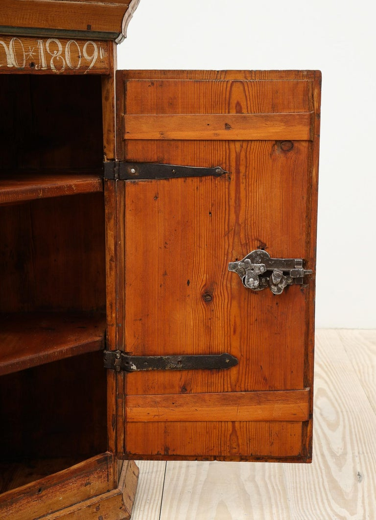 Swedish 19th Century Dalarna Corner Cabinet, Sweden, Inscribed and Dated, Anno 1830 For Sale