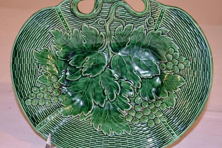 Victorian 19th Century Davenport Majolica Dish For Sale