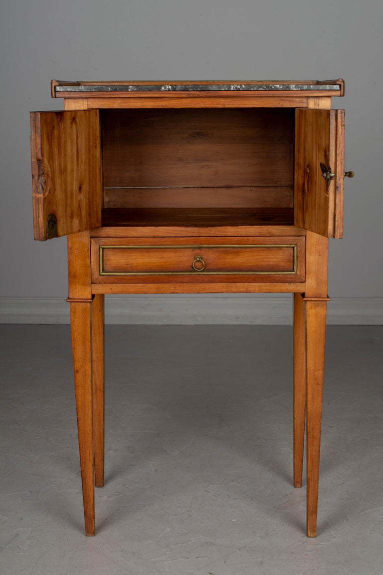 19th Century Directoire Style French Side Table In Good Condition For Sale In Winter Park, FL
