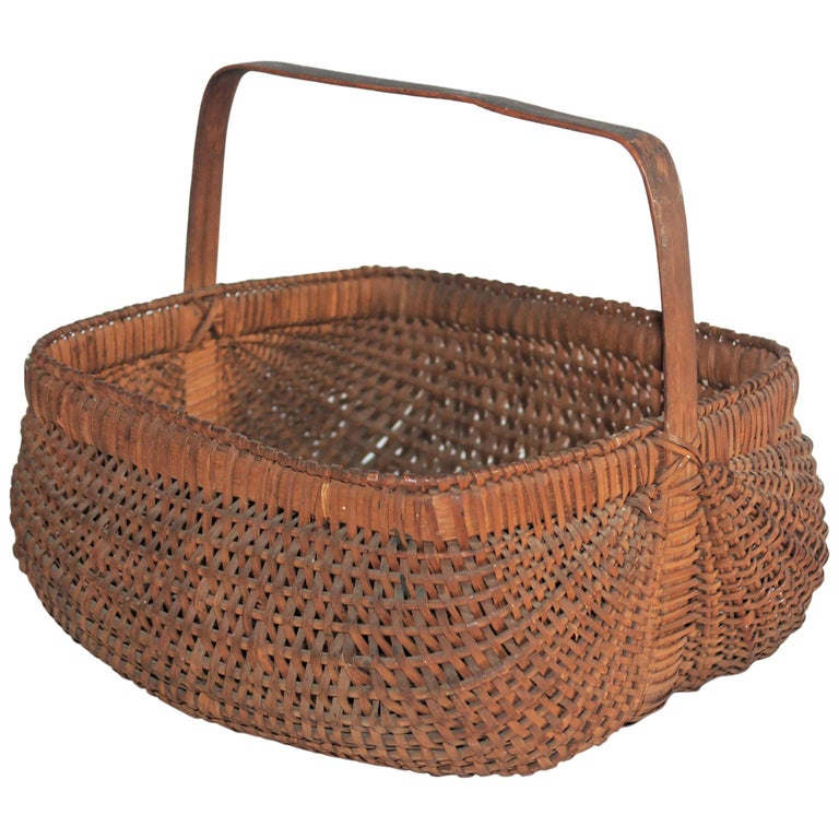 19th Century Early Tight Buttocks Basket For Sale