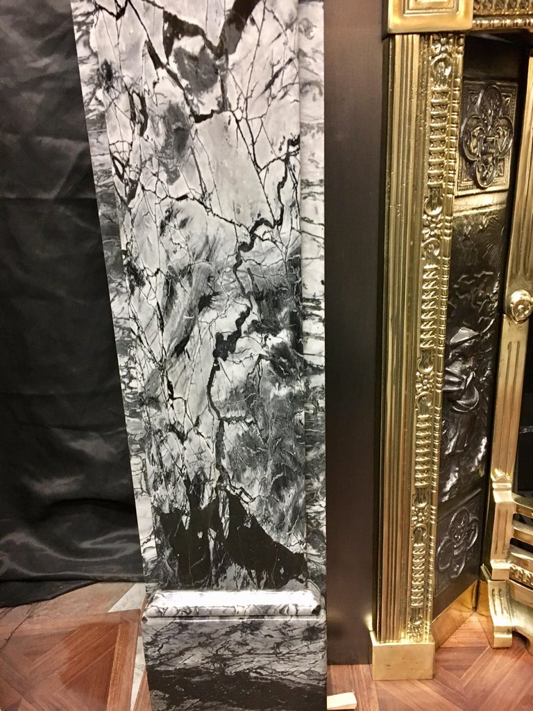 19th Century Early Victorian Grey Bardigilo Marble Fireplace Surround In Good Condition For Sale In Edinburgh, GB