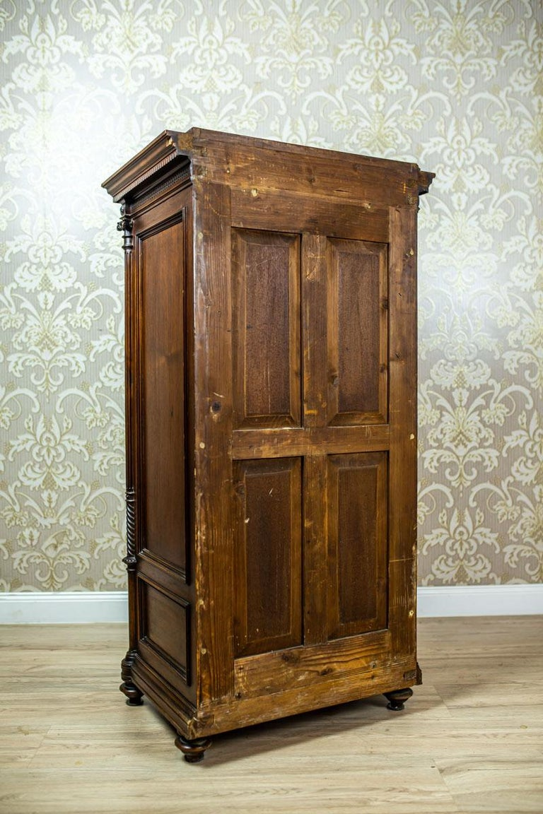 19th Century Eclectic Columnar Cabinet In Good Condition For Sale In Opole, PL