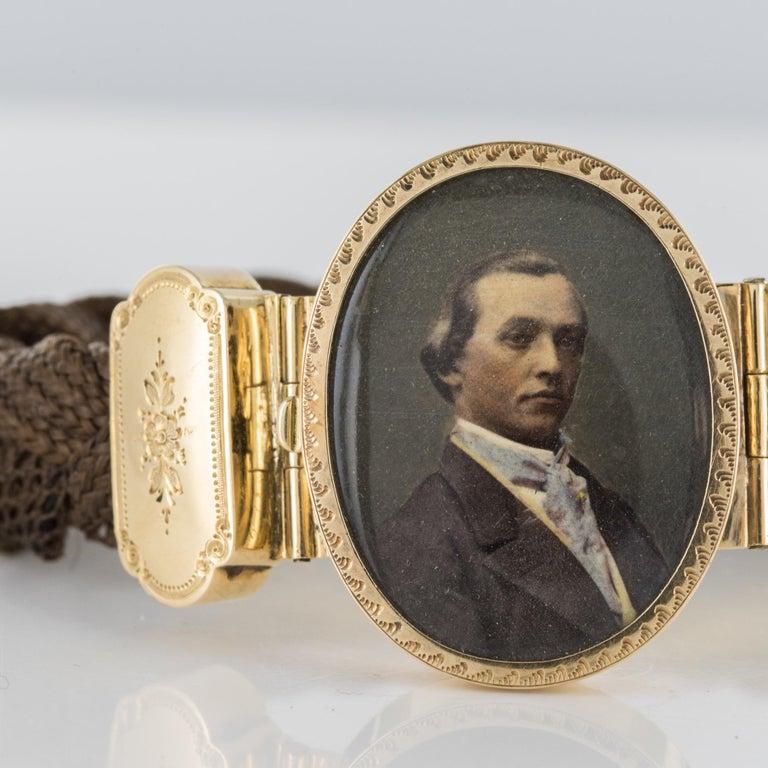 19th Century Elegant Photography 18 Karat Yellow Gold Hair Bracelet For Sale 5