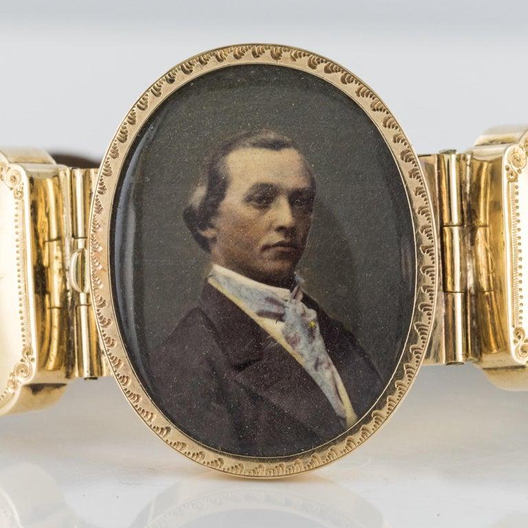 19th Century Elegant Photography 18 Karat Yellow Gold Hair Bracelet For Sale 6