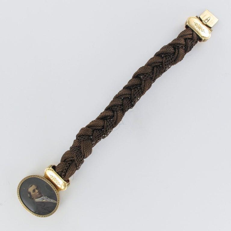 19th Century Elegant Photography 18 Karat Yellow Gold Hair Bracelet For Sale 10