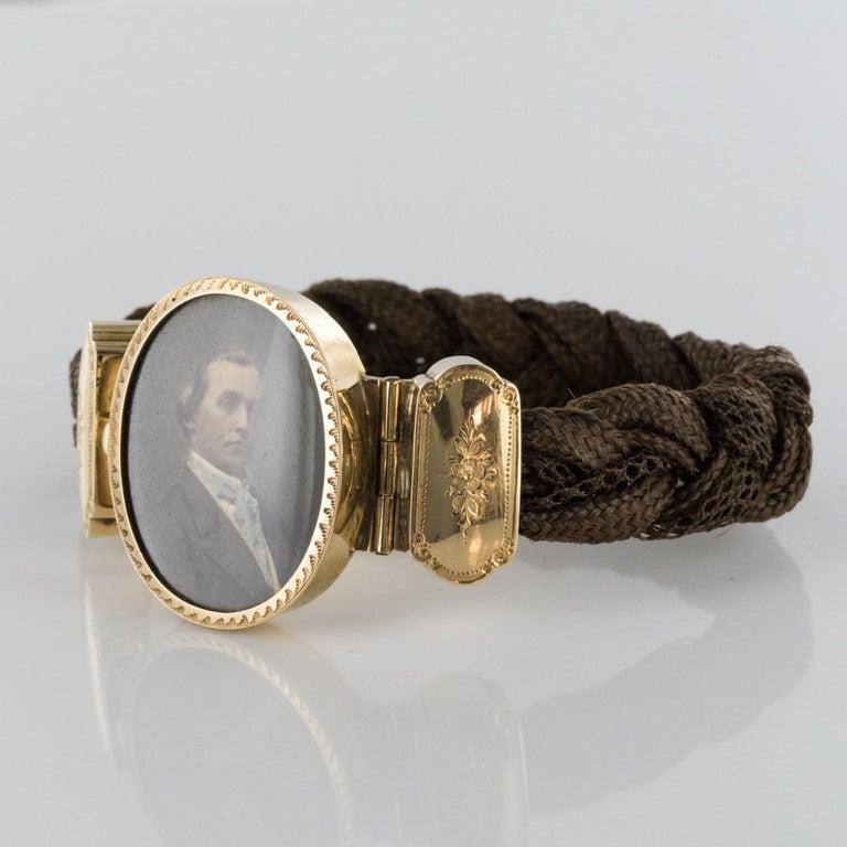 Women's 19th Century Elegant Photography 18 Karat Yellow Gold Hair Bracelet For Sale