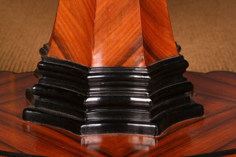 19th Century Elegant Oval Table in Biedermeier Style with Exotic Rosewood Veneer For Sale 5