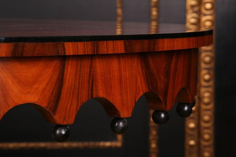 Mahogany 19th Century Elegant Oval Table in Biedermeier Style with Exotic Rosewood Veneer For Sale