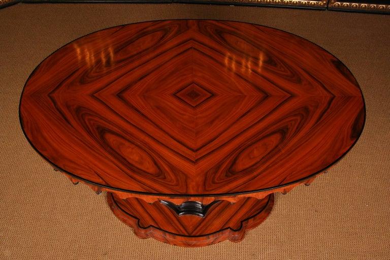 19th Century Elegant Oval Table in Biedermeier Style with Exotic Rosewood Veneer For Sale 2