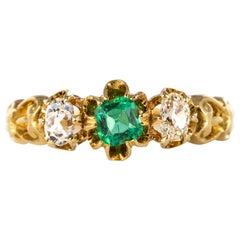 19th Century Emerald Diamonds 18 Karat Yellow Gold Heart Dahlias Ring