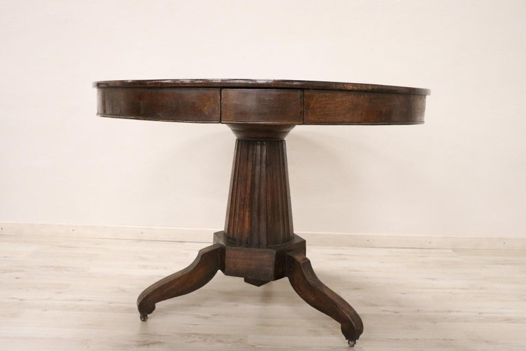 Carved 19th Century Empire Walnut Round Centre Table For Sale